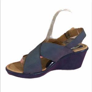 BOC Born Concept Women's Wedge Sandal